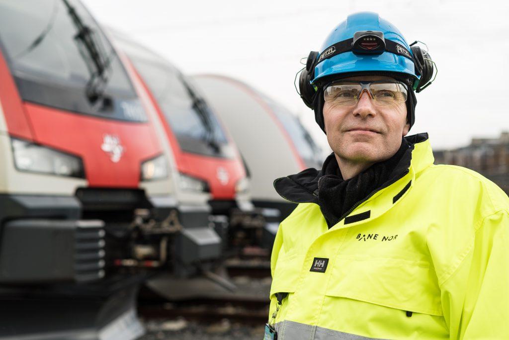 ADVARER: Bane NOR-sjef Gorm Frimannslund advarer mot å redusere fornyelsen av jernbanenettet, som i neste omgang kan gi et dårligere togtilbud og flere forsinkelser.