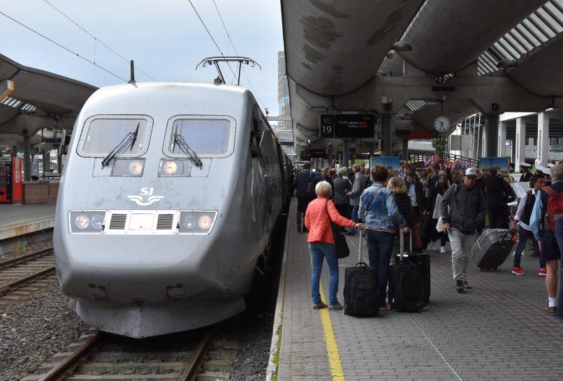 Første tog til Sverige 18. oktober